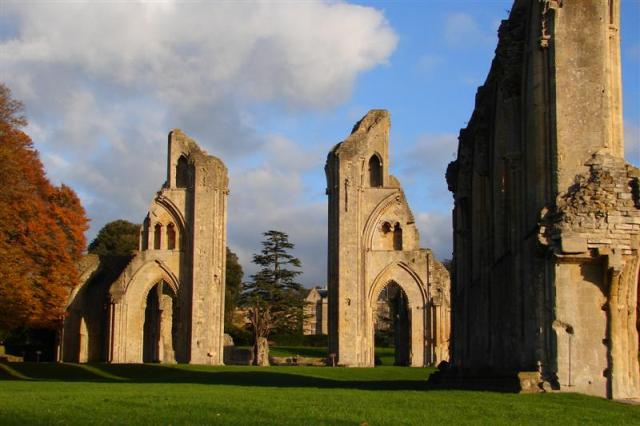 glastonbury_abbey_ruins_iv__medium_.jpg